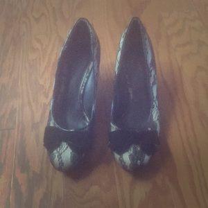Lace black kitten heels